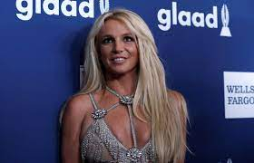In surprise move, Britney Spears ...