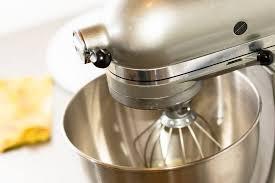 kitchenaid mixer metallic chrome. kitchenaid chrome artisan series 5 quart tilthead stand mixer kitchenaid metallic