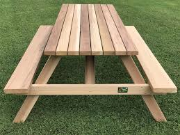 7 deluxe picnic table with seats