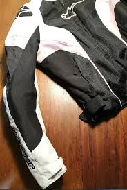 a photograph showing the numerous mesh venting panels of the alpinestars stella t gp plus