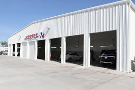 collision center hours
