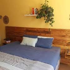 Procurando ideias de cabeceiras diferentes, criativas e bonitas para a sua cama? Cabeceira De Pallet 48 Ideias Para Transformar O Material Em Decoracao