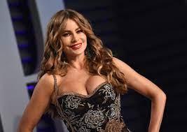 Sofia Vergara Sizzles In Purple ...