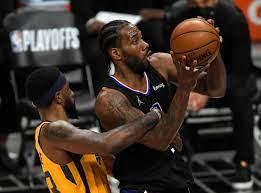 Clippers re-sign star Kawhi Leonard ...