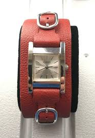 display og style casual case diameter 49 with crown x 46 w x 12 mm thickness face height 40 mm lug width 22 mm max
