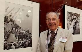 「Max Desfor, 104,」の画像検索結果