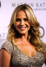 Middle Split Hair Style pictures of julie benz layered long middle part hairstyle 3930 by wearticles.com