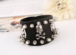 leather spike studs bracelet