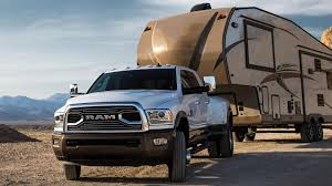 2018 Ram 1500 Towing Capacity Chart Updated 2018 Ram 3500 Makes 930 Lb Ft Can Tow 30 000 Pounds