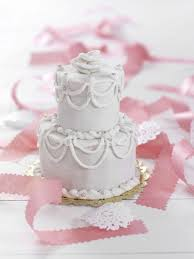 Small Wedding Cake Ideas Pictures Sample How To Cover A Cake
