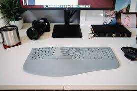 Microsoft Designer Desktop Review A Review Of The Microsoft Surface Ergonomic Keyboard The
