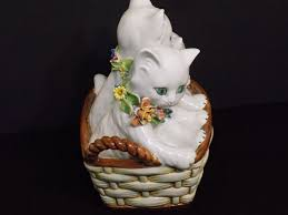 Adorable <b>Vintage Hand Painted</b> Italian Art Pottery 3 Kittens w ...