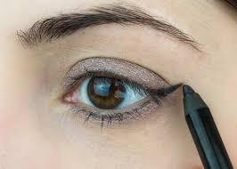eyeliner cat eye tutorial makeup look