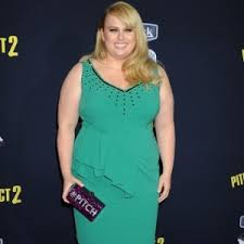 rebel wilson best makeup and hair looks she has some good ones