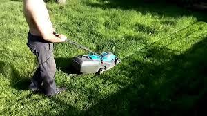 <b>Электрическая газонокосилка Gardena power</b> max 32e - YouTube