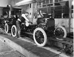 biography of henry ford how henry ford s assembly line changed manufacturing