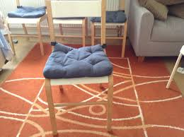 ikea skoghall round dining table and 4 chairs in perfect condition with cushions