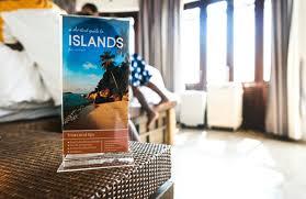 Reisbrochure Een Reisbrochure In Een Hotel Foto Gratis Download