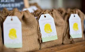 21 Awesome Wedding Favors That Are Not Jam! ~ we  this! moncheribridals.
