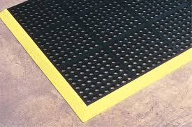 Cushioned Kitchen Floor Mats Kitchen Drainage Flow Thru Safety Mats Mat Tech Inc