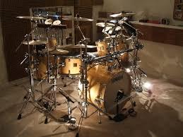 yamaha drums. pearl masters vs. yamaha maple-current-drum-kit.jpg drums