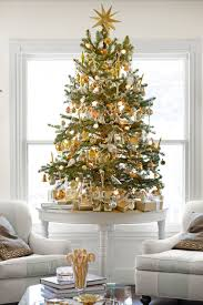 Pine Branches For Decoration 100 Country Christmas Decorations Holiday Decorating Ideas