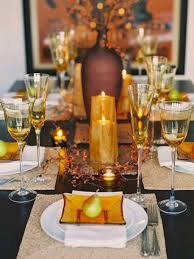 Gorgeous And Awesome Thanksgiving Table Decorating Ideas