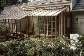 greenhouses are glazed structures primarily for horticultural use while garden rooms or sunrooms are greenhouse additions attached to the house
