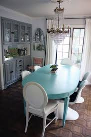 turquoise and gray dining room
