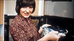 BBC - Delia Smith talks cooking through the decades