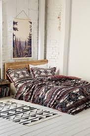 Bohemian Bedroom Decorating Idea With Bold Aztec Patterns