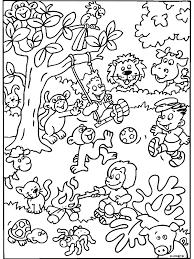 Kleurplaat Beestenboel Met Spelende Kinderen Kleurplatennl