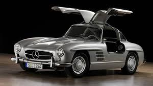 Mercedes 1952 300SL Gullwing - It's a 'wing thing | Top Gear