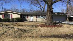 2603 Oakwood Drive, Fort Wayne, IN Presented by Roxanne Carpenter. - YouTube