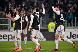Arkadiusz milik scored the winning penalty after alex meret. Ronaldo New Look Midfield Propel Juventus Past Roma Black White Read All Over