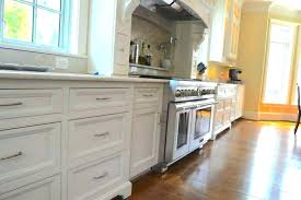 changing kitchen cabinets doors est way to reface kitchen cabinets replacing kitchen cabinet doors and drawer fronts changing kitchen replacement