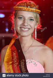 The new German queen of amber, 18-year old Antonia Fritz, smiles Stock  Photo - Alamy