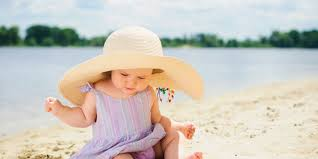 7 Best <b>Baby Sun</b> Hats for 2019 | Family Vacation Critic