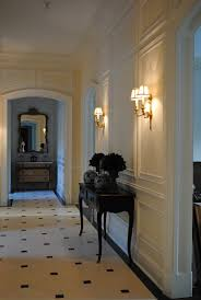 Beautiful Wall Trim Moulding   Picture Frame Moulding Below And Above A  Chair Rail, Via
