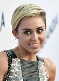 Miley Cyrus Hair Style miley cyrus on her short hair im breaking this stereotype 7571 by wearticles.com