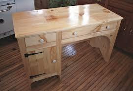 Build Student Desk