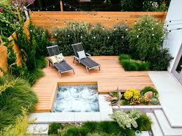 Relaxing front yard fence remodel ideas Yard Landscaping Sunset Magazine Great Deck Ideas Sunset Magazine