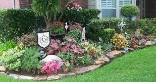 Best Corner Landscaping Ideas Best Landscaping Ideas For Front Of House  Home Design Lover