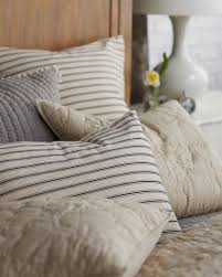 mix match bedding best of how to mix and match patterned bedding how to decorate