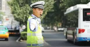 Police Officer Skills Police Officers Language Skills Go Viral China Org Cn