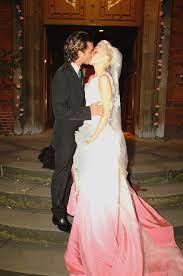 Gwen Stefani's Hot Pink Ombre Gown ...