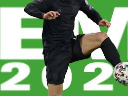 Uefa.com is the official site of uefa, the union of european football associations, and the governing body of football in europe. Em 2021 Spielplan Alle Termine Alle Gruppen Wann Sie Urlaub Nehmen Sollten Fussball