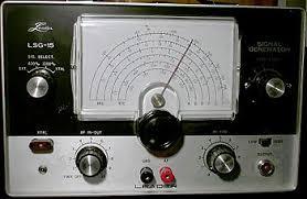 <b>Signal generator</b> - Wikipedia