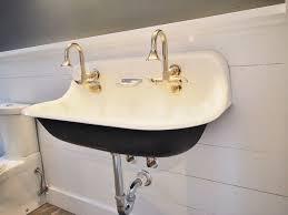 wall mount bathroom sink in vintage