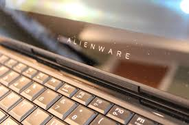 Alienware 13 R3 Powerful and pretty if you don t mind junk in.